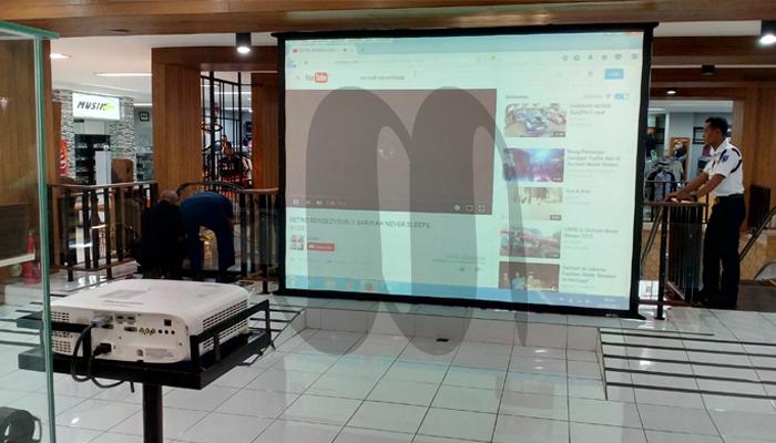 rental proyektor 5000lumens di malang