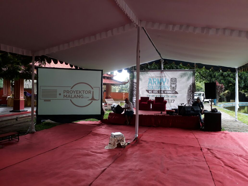 RENTAL SCREEN DAN PROYEKTOR AREA MALANG